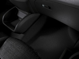 Vito Tourer, carpeting in vehicle interior, front